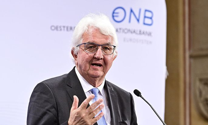 OeSTERREICHISCHE NATIONALBANK (OeNB): ?AMTSUeBERGABE IN DEN LEITUNGSGREMIEN?: HOLZMANN