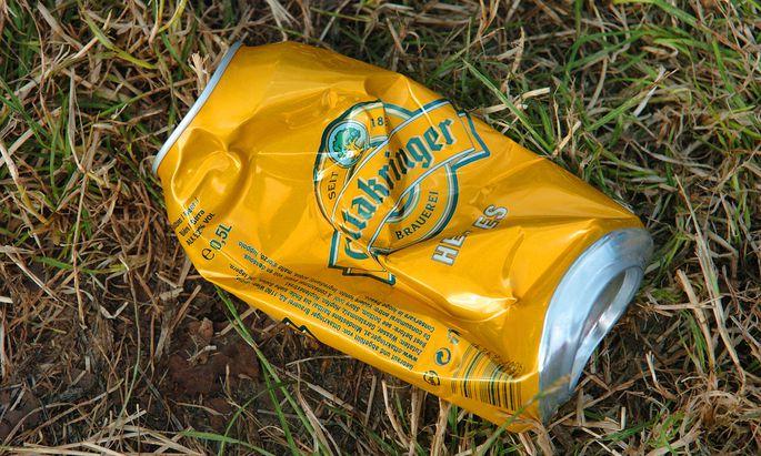 Beim Wandern den Müll aufsammeln und ordnungsgemäß entsorgen: Mittlerweile hat sich das in Skandinavien und in den Alpen als eine Art Sport entwickelt.