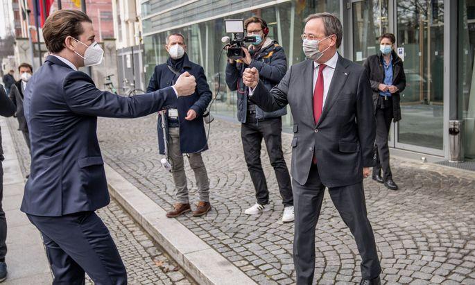 Kanzler Sebastian Kurz mit Ministerpräsident von Nordrhein-Westfalen Armin Laschet