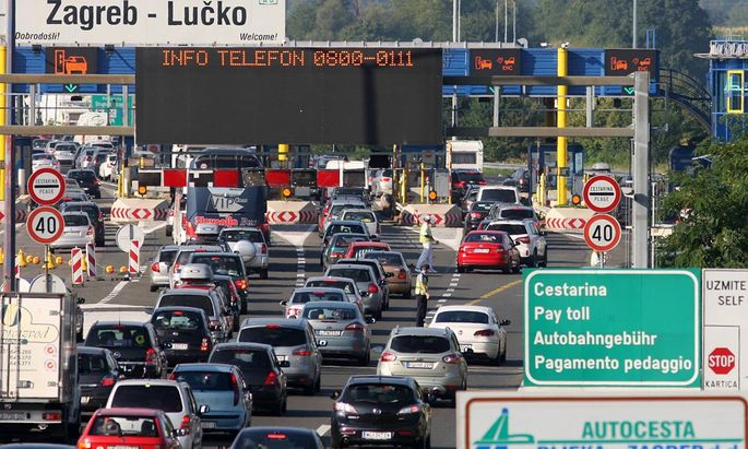 Traffic on the roads to the sea 09 08 2014 Zagreb On most roads in the direction of the sea traf