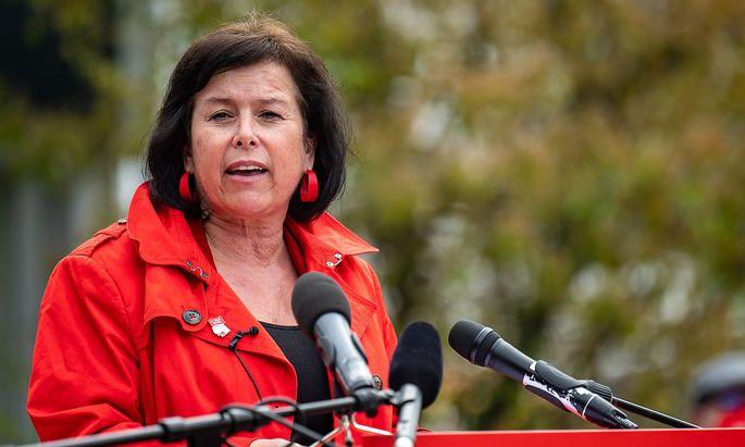 SPÖ-Spitzenkandidatin Birgit Gerstorfer ist die Einzige, die sich aktuell hinter die Bundesparteivorsitzende stellt sich offen hinter die Bundesparteivorsitzende.