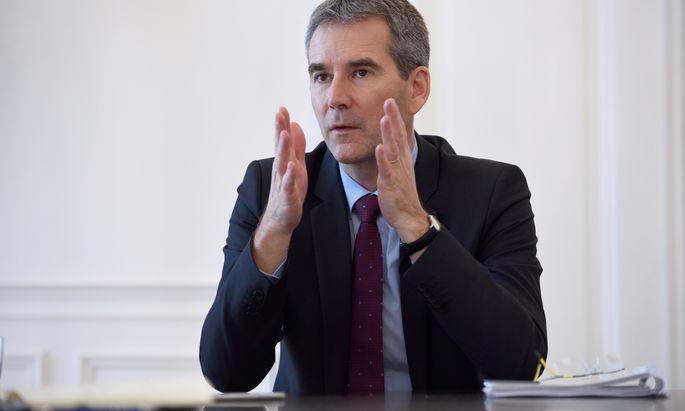 Finanzminister Hartwig Löger (ÖVP) bekommt Schützenhilfe von der Heta.