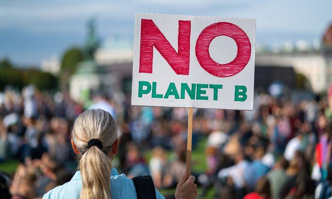 Laut Klimabarometer 2021 rangiert der Klimaschutz als Forderung an erster Stelle.