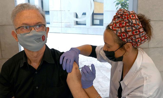In Israel wird bereits gegen den Coroanvirus geimpft, in Österreich schon bald.