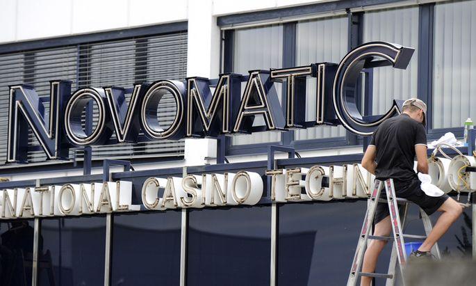Aufputz für den neuen Großaktionär der Casinos Austria: Die Novomatic hat der Konkurrenz aus Tschechien getrotzt.