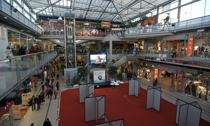 Jugendliche zieht es nicht mehr in die großen Shoppingcenter am Stadtrand.