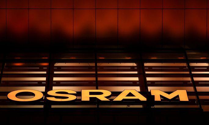 FILE PHOTO: An illuminated Osram sign at the German lighting company's Munich headquarters