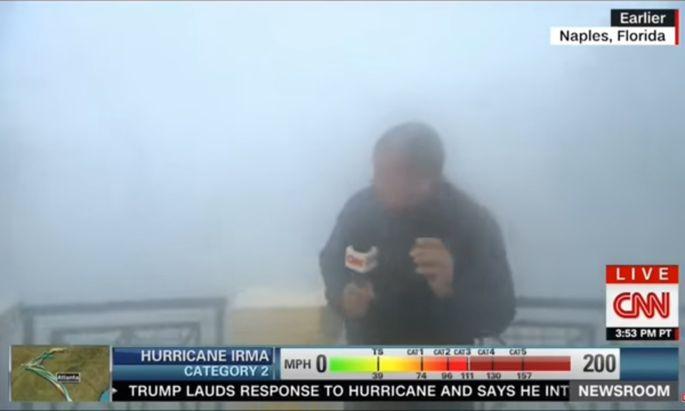 """Chris Cuomo berichtete für CNN von Hurrikan """"Irma""""."""