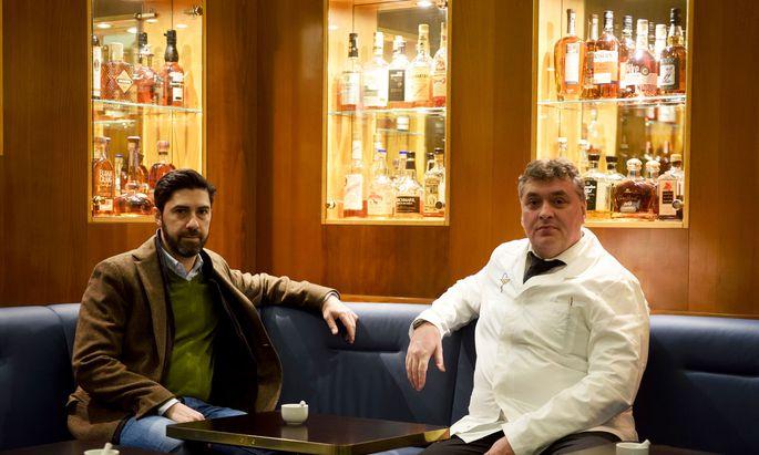 Heinz Kaiser (rechts) hat mit Salar Gerami und drei anderen Kollegen das Dino's übernommen und erneuert.