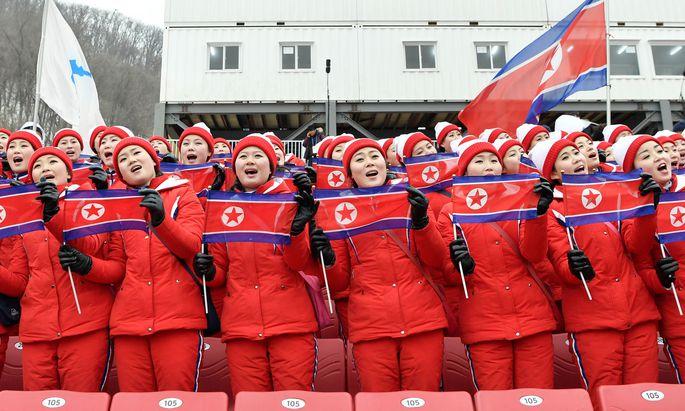 Nordkoreas Cheerleader-Team.