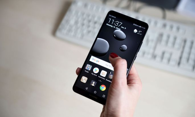 das neue Flaggschiff-Handy von Huawei, das es mit der Konkurrenz von Samsung und Apple aufnehmen soll.