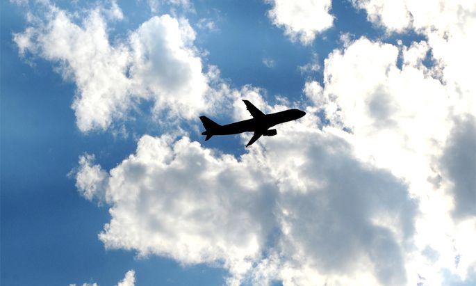 Bakterien überleben tagelang in Flugzeugen.
