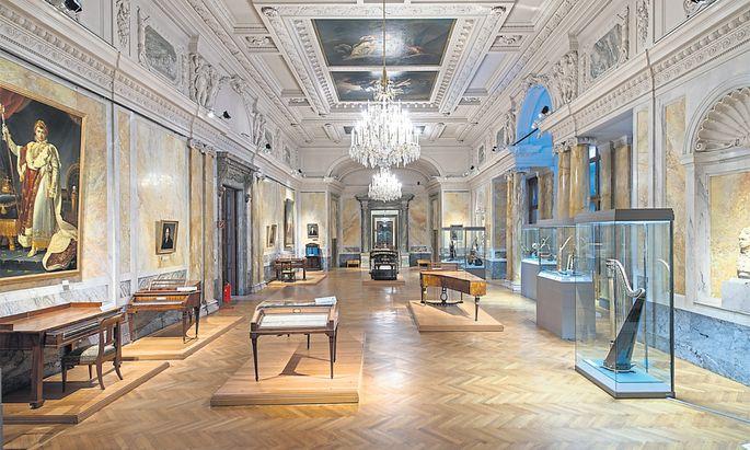 Die Sammlung alter Musikinstrumente im Marmorsaal wird wohl dem Haus der Geschichte weichen müssen.