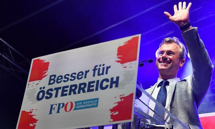 Norbert Hofer: Seit zwei Wochen hat er hohes Fieber.
