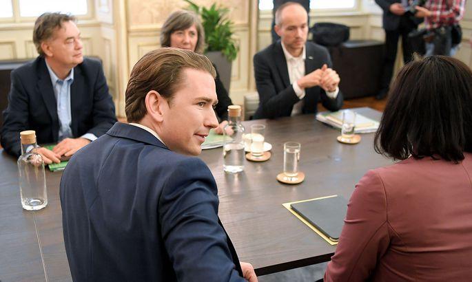 Archivbild: Koalitionsverhandlungen Mitte November