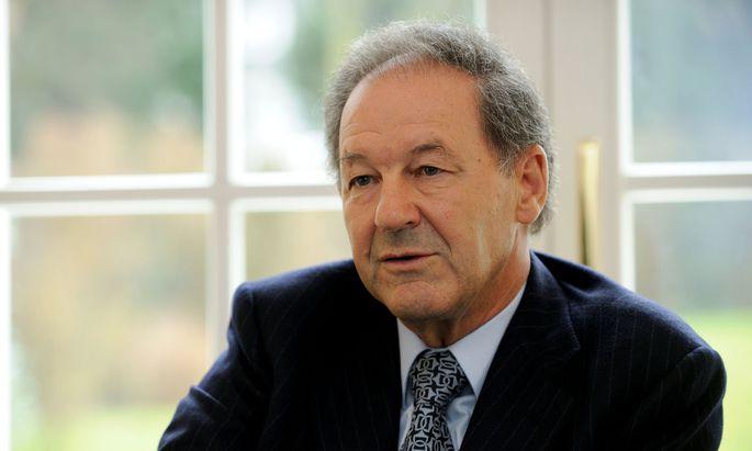 Norbert Zimmermann bei B&C im Stiftungsvorstand