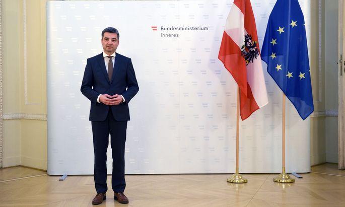 Innenminister Wolfgang Peschorn ist in seinem Ressort nicht unumstritten.