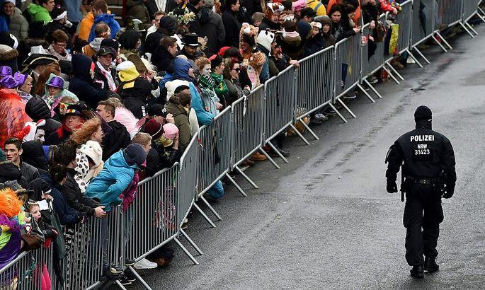 Der Kölner Karneval ging mit einem enormen Sicherheitsauwand über die Bühne.