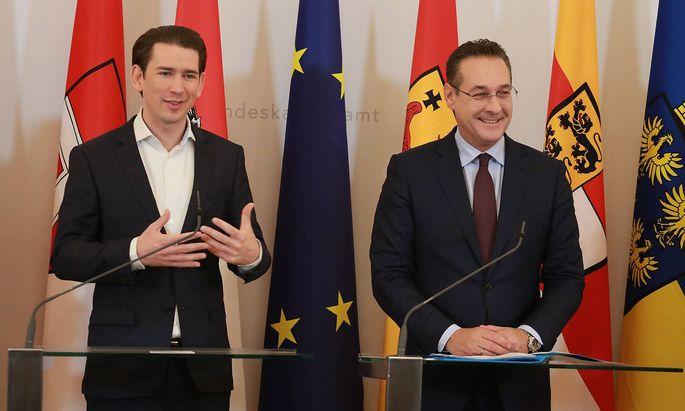 Ministerrat Wien BKA 19 12 2018 Sebastian KURZ Heinz Christian STRACHE *** Council of Minister