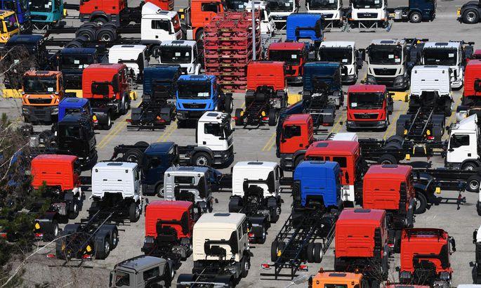 Die Lkw-Produktion bei MAN in Steyr soll bis 2023 eingestellt werden. Sozialpartner hoffen auf Verhandlungen. Der Konzern erstellt Pläne für die Schließung.
