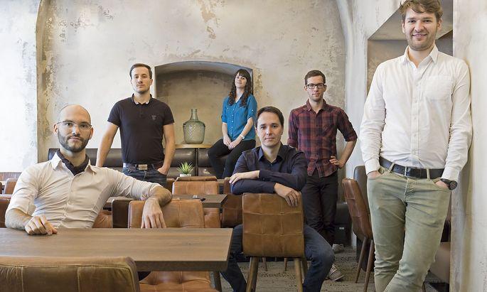 Das Team rund um Johannes Sailer will qualitativ hochwertige Online-Kochkurse anbieten.