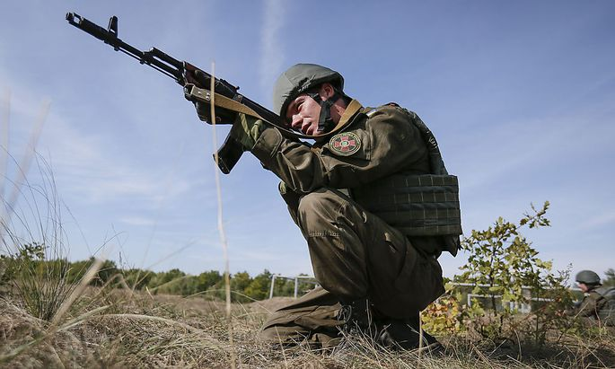 Ukrainische Soldaten beschweren sich über US-Ausrüstung.
