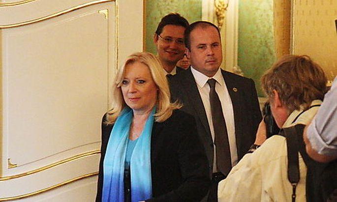 SLOVAKIA ECONOMY GOVERNMENT