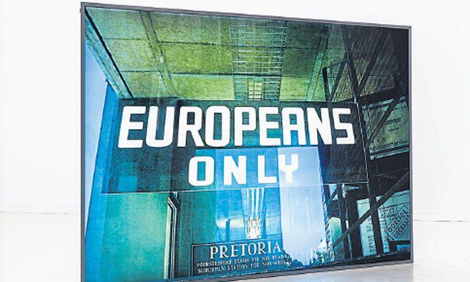 """Paweł Kowalewskis """"Europeans Only"""" aus dem Jahr 2012 ist bei der polnischen Galerie Propaganda zu sehen."""