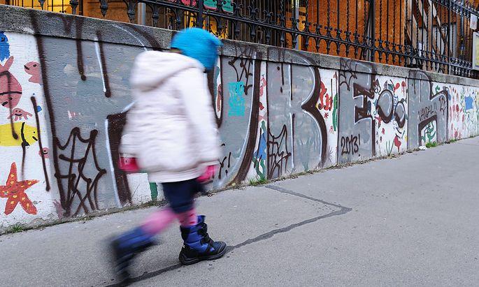 Archivbild: Ein ''Puber''-Graffiti in Wien-Neubau