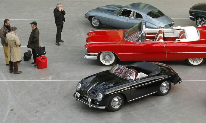 A Cadillac Series 62 Cabriolet 1959 car, belonged to beer maker Alfred Heineken, is displayed during the exhibition ´110 years of automobiles´ at the Grand Palais in Paris