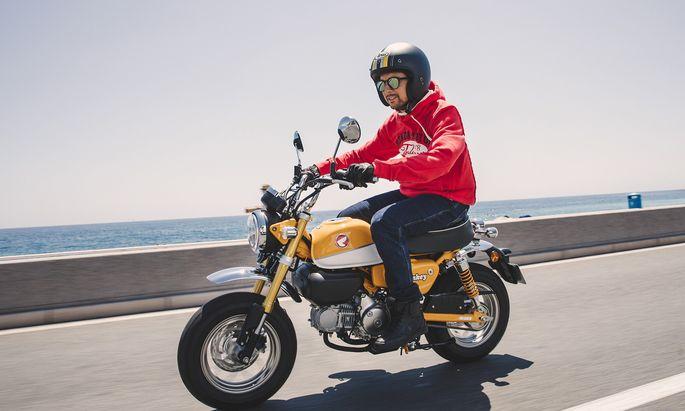 Größer als das Original: Honda Monkey.