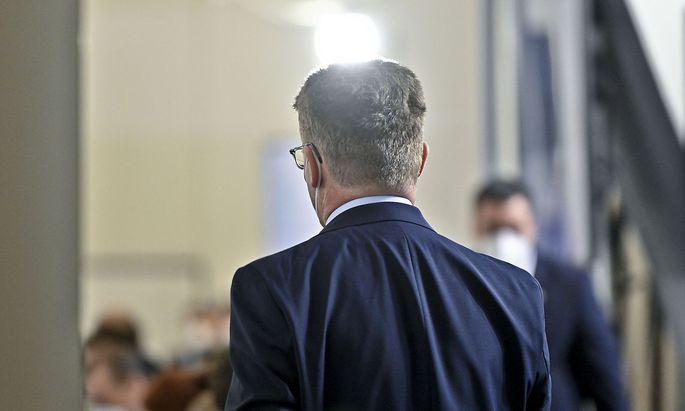 Auskunftsperson Oberstaatsanwalt Johann Fuchs im Rahmen des Ibiza-U-Ausschusses.
