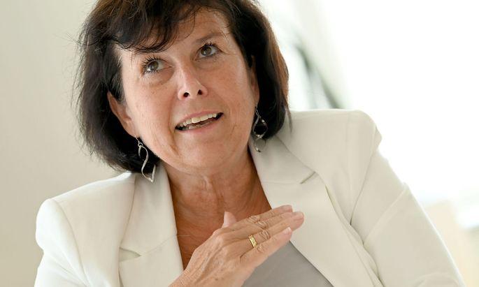 """Die einzige Frau unter den Spitzenkandidaten wolle sich nicht wie FPÖ und Grüne an die ÖVP """"anbiedern""""."""