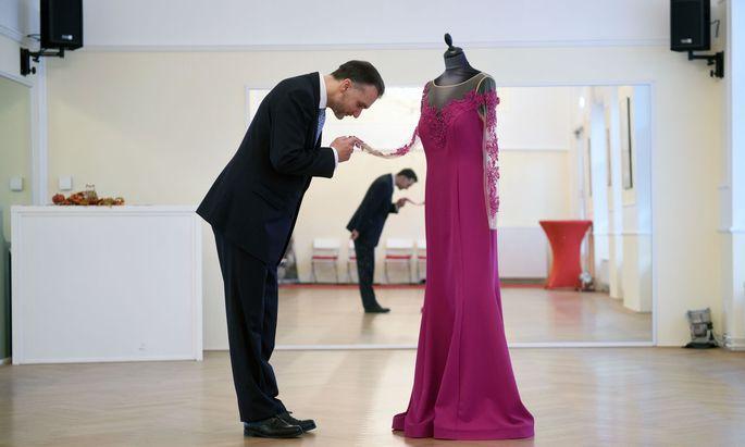 Zeremonienmeister Roman Svabek ist am Donnerstag zum zehnten Mal für den Opernball verantwortlich.