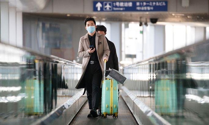 Archivbild vom Flughafen in Peking. Ankommende Diplomaten aus dem Ausland mussten damit rechnen, in ein Quarantäne-Quartier gebracht zu werden.