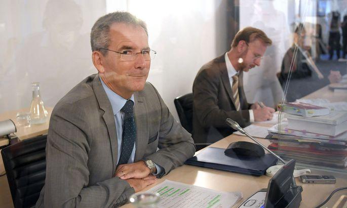 Hartwig Löger war Finanzminister nur auf dem Papier, meinen die Abgeordneten der Opposition.
