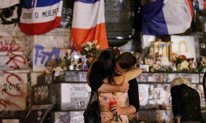 Der Place de la République in Paris wurde nach dem jüngsten Attentat neuerlich zur zentralen Gedenkstätte der Franzosen.