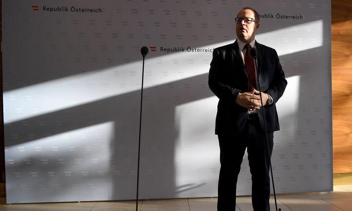 Hubert Fuchs pocht darauf, dass er als Staatssekretär denkbar wenig Einfluss hatte.