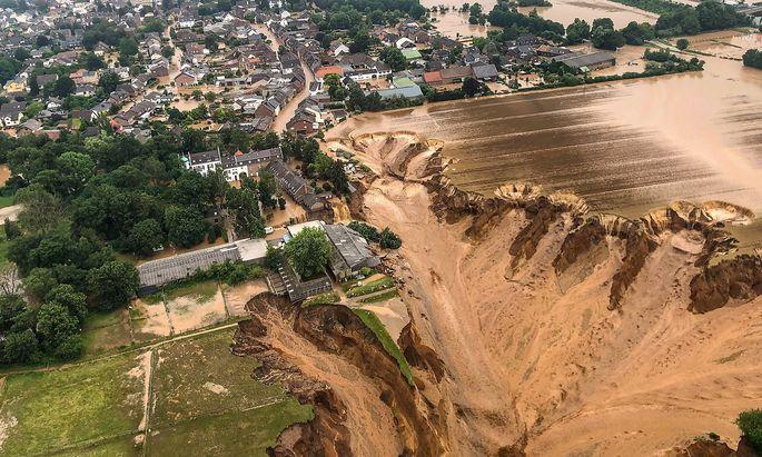 Flutkatastrophe bei Erftstadt-Blessem