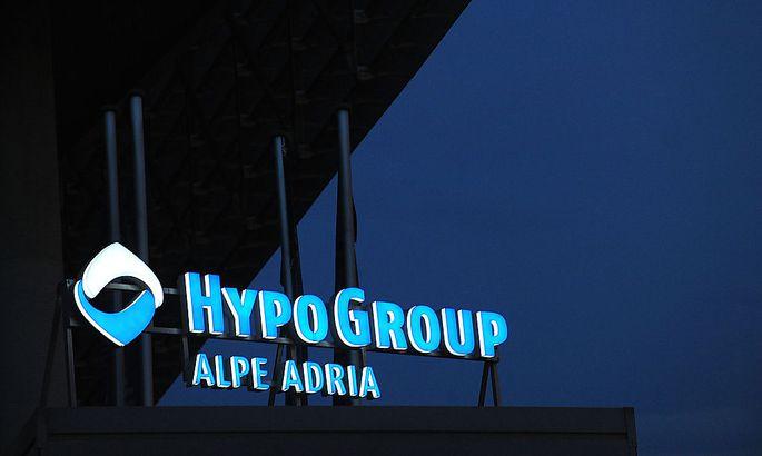 Noch sind die frischen 700 Millionen des Staates an die Hypo Alpe Adria nicht verbucht - dementsprechend herrscht