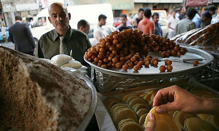 Palaestina Speisenzubereitung fuer Ramadan