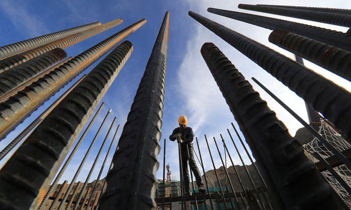 In der Bauwirtschaft können falsche Bonitätsauskünfte rasch zu Schwierigkeiten führen.