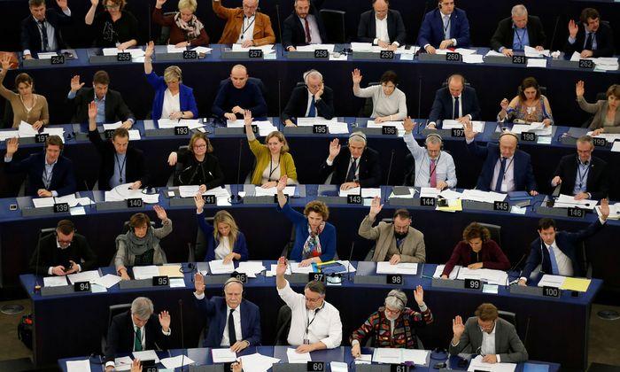 """Eine klare Mehrheit der Europaabgeordneten stimmte am Donnerstag für die Ausrufung des """"Klimanotstands""""."""