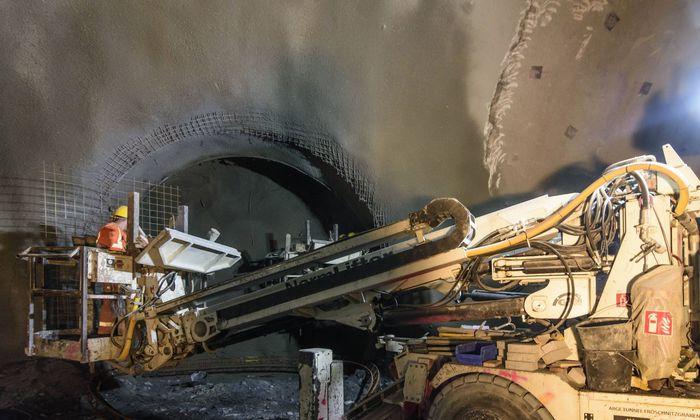 Archivbild: Arbeiten im Semmering-Basistunnel