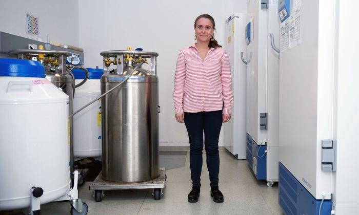 Durch ihre Forschung am blutbildenden System von Kindern hat Elisabeth Salzer unbekannte Krankheiten aufgeklärt und neue Therapien entdeckt.