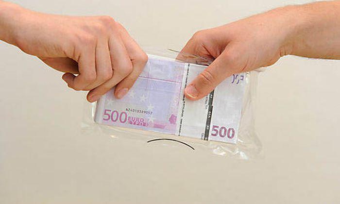 Bestechung Griechische Beamte geben