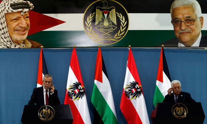 Pressekonferenz vor wuchtiger Kulisse: Bundespräsident Van der Bellen besuchte zunächst den Palästinenserpräsidenten Abbas, bevor er nach Jerusalem zu einem Treffen mit Premier Netanjahu eilte.