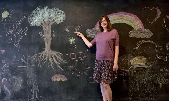 """""""Am IST Austria in Klosterneuburg habe ich viele Freiheiten, meine Forschungsrichtung zu entwickeln"""", sagt die Evolutionsbiologin Ann Kathrin Huylmans. Derzeit arbeitet sie in einem FWF-Projekt an der Geschlechtsbestimmung von Termiten."""