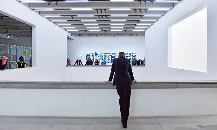100. Salzburg oder Weimar, Mozart oder Goethe, Barock oder Moderne. Entscheidungsfrage für Reisende. Und ja: Das Bauhaus feiert 100 Jahre und ein neues Museum in Weimar.