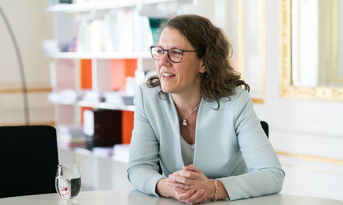 """Die neue Ministerin Iris Rauskala: """"Es ist wichtig, dass wir uns in jeglicher Form trauen, zu Diversität zu stehen."""""""